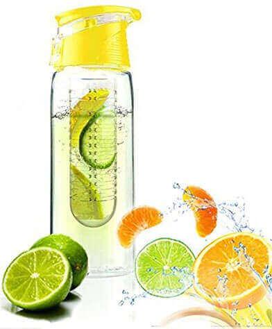 bottiglia di frutta